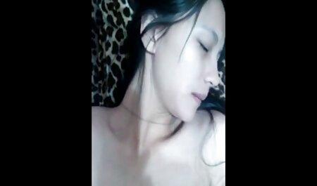 Vier Mädchen masturbieren fickfilme ansehen