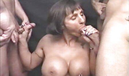 Eine andere reife Frau mit steifen Brustwarzen hat einen tollen pornofilme kostenlos sehen Fick