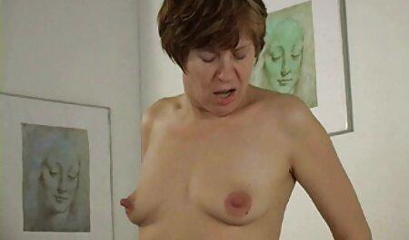 Unglaubliches geiles Babe auf kostenlos pornos ansehen der Sexbühne