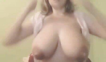 Heißes junges Mädchen pornofilme umsonst sehen mit sexy Tätowierung fickt mit ihrem Freund