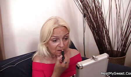 MILF gibt kostenlose pornovideos ansehen einen langen, guten BJ